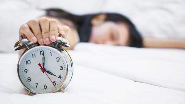 鬧鐘與睡眠