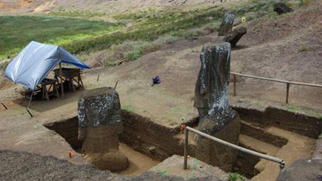 智利复活岛摩艾巨像有身体